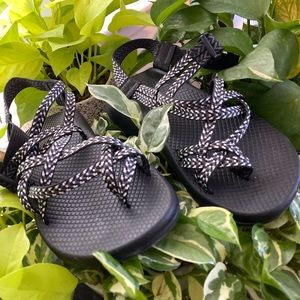 CHACOS: WOMEN's ZX/2 CLASSIC